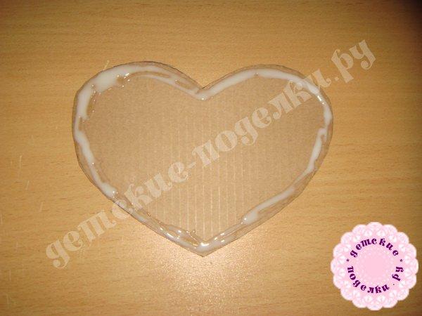 valentinka-iz-podruchnyx-materialov-4