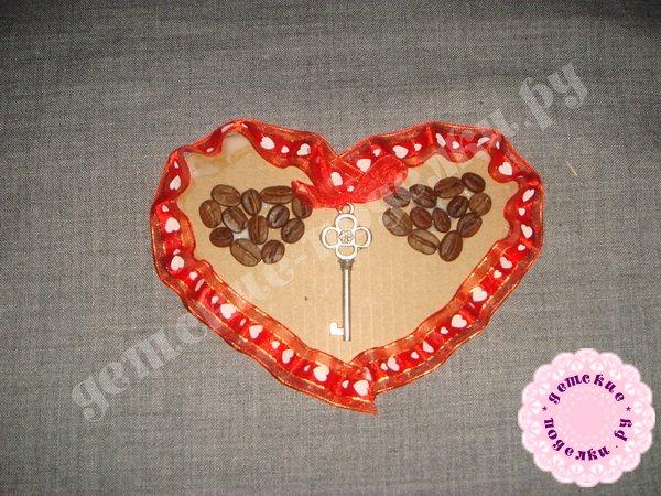 valentinka-iz-podruchnyx-materialov-8