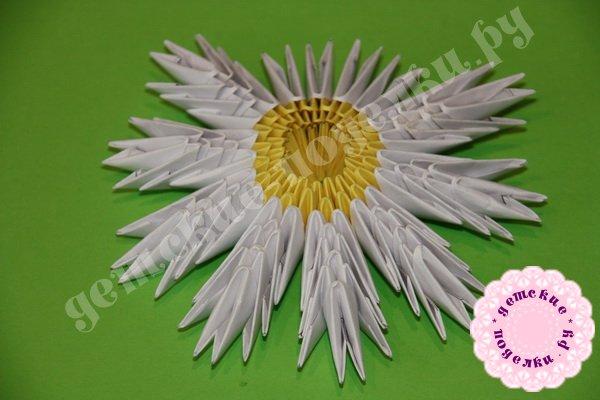 romashka-modulnoe-origami-3
