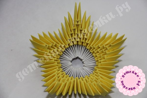 vaza-modulnoe-origami-21