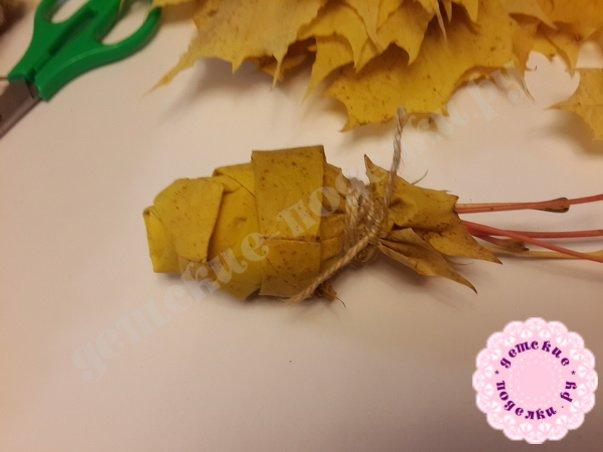 розы из листьев клена пошагово
