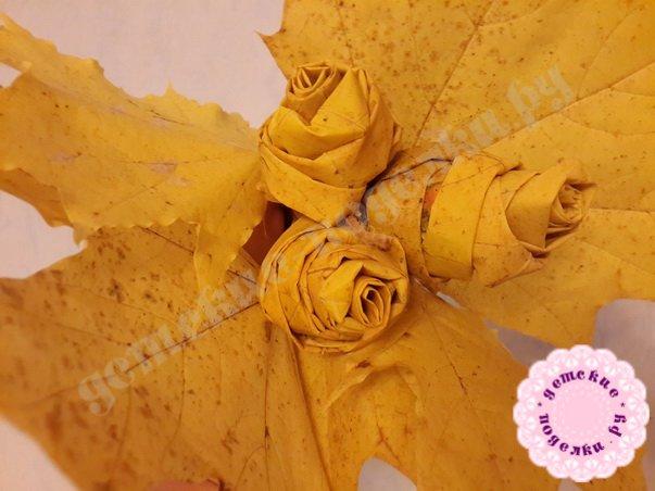 как делать из кленового листа розу