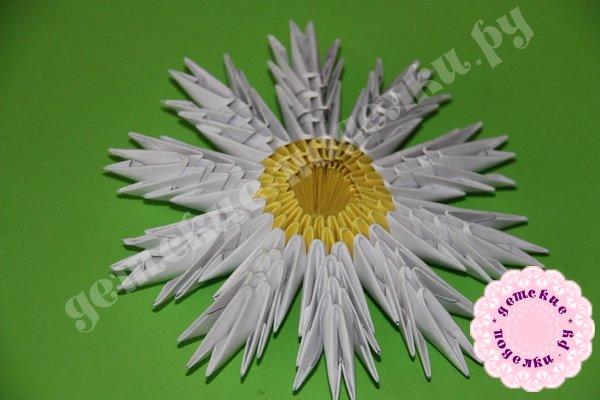 romashka-modulnoe-origami-1
