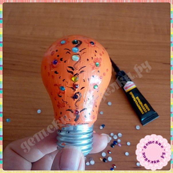 Елочная игрушка из лампочки - пошаговый мастер класс с фото