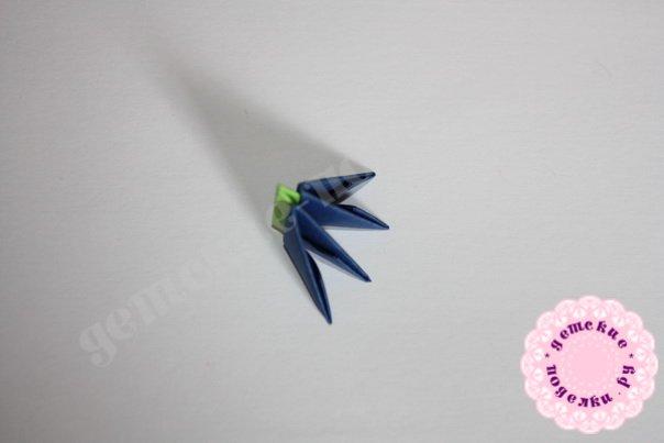 Василек в технике модульное оригами фото