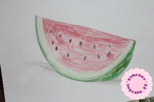 Как нарисовать арбуз цветными карандашами легко и просто для детей